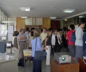 Exposição de informática no átrio da escola - 2006